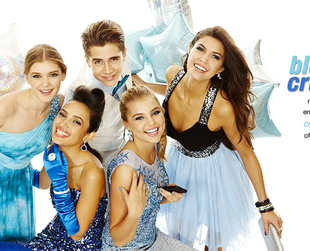 A myriad of cool ideas for prom 2014 can be found in the newest Macy's campaign. Have a look at what the retailer prepared for the special occasion.