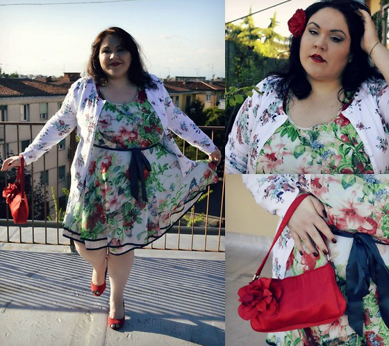 Plus Size Outfit With Floral Dress