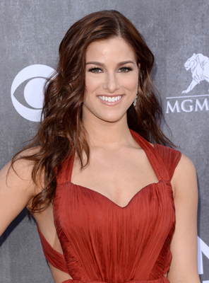Cassadee Pope Acm Awards 2014