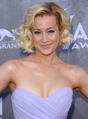Kellie Pickler Acm Awards 2014