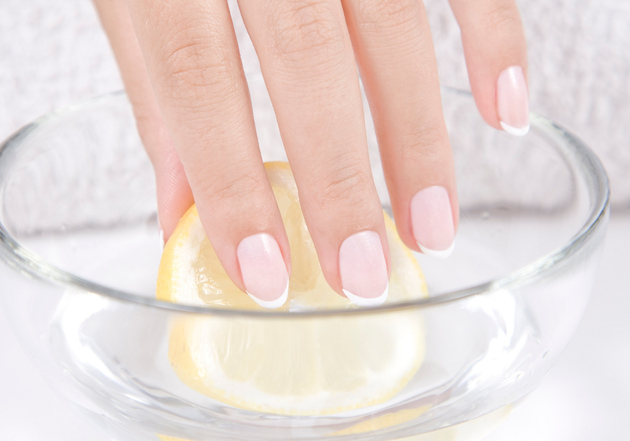 Nail Lemon Soak