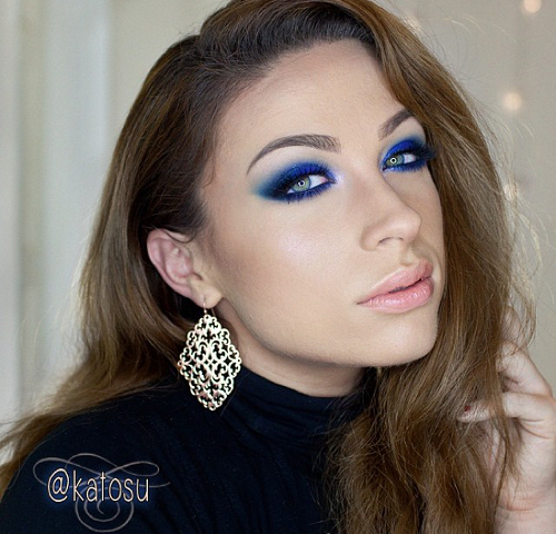 Blue Eye Makeup Nude Lips