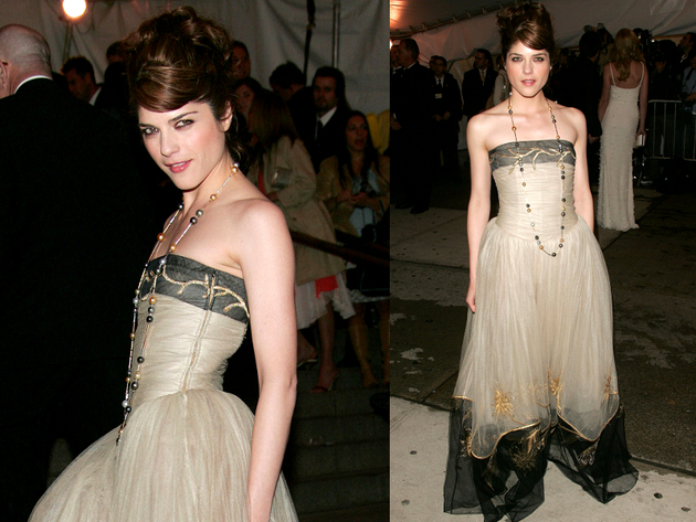 Selma Blair In Chanel Gown