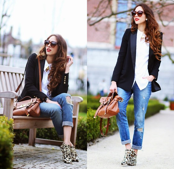 Ripped Jeans With Tuxedo Jacket