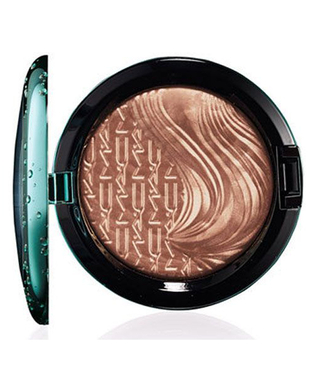 Mac Alluring Aquatic Extra Dimension Blush 2014  (2)