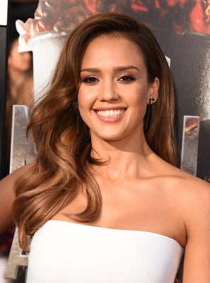 Jessica Alba Mtv Movie Awards 2014 Hairstyle