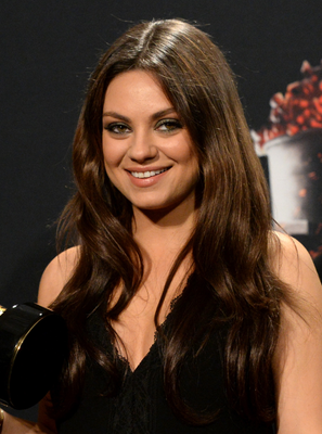 Mila Kunis Mtv Movie Awards 2014 Hairstyle