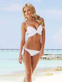 7 Tips for Swimsuit Shopping | Best Swimwear to Look Good on the Beach