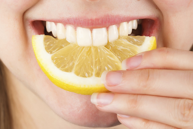 Lemon Teeth Whitening
