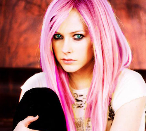 Avril Lavigne With Pink Hair Color