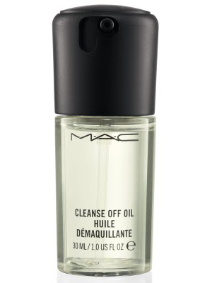 Mac Sized To Go Cleanse Off Oil