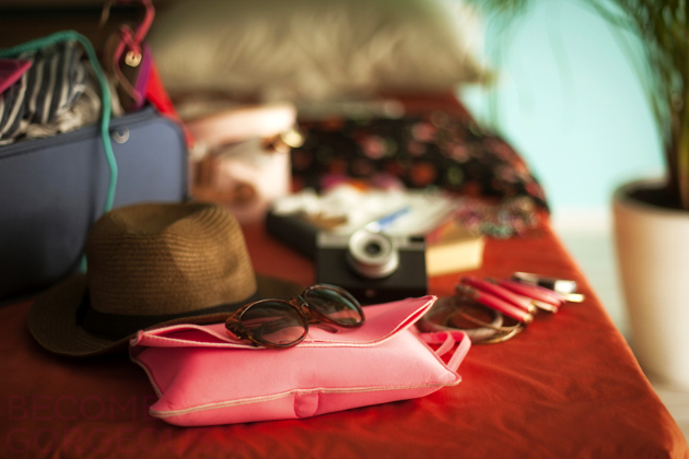 10 Ways to Pack Less for a Vacation