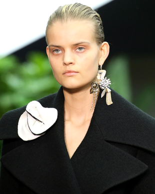 Celine Fall 2014 Single Earring Trend