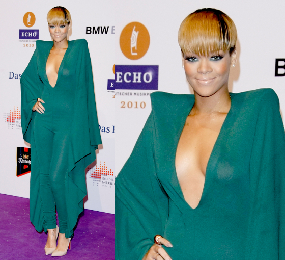 Rihanna 2010 Echo Awards Outfit