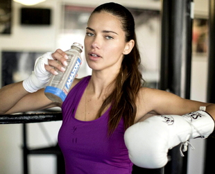 Victoria's Secret Angel Adriana Lima is always in shape and looking her best. Discover a few of her personal diet and exercise tips for keeping your body toned.