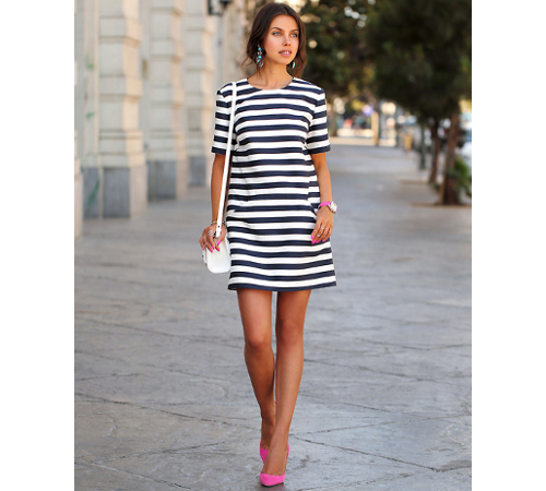 Horizontal Stripes For Tall Women
