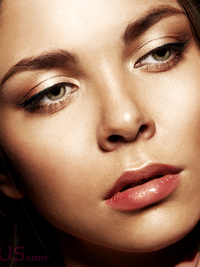10 Makeup Tricks for Bigger Eyes