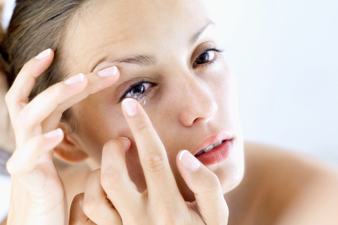 Dos and Don'ts of Contact Lenses Care