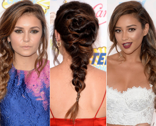 Check out the coolest trends from the 2014 Teen Choice Awards blue carpet, from cute looks to more daring styles, along with the latest beauty and hair trends.