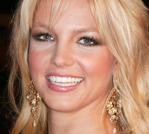 Britney Spears Blue Contacts