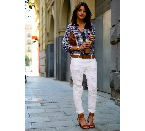White Jeans Casual Outffit