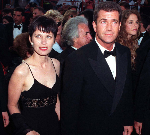 Mel Gibson And Robyn Moore Divorce