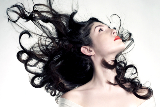 10 Hair Tips for Windy Days