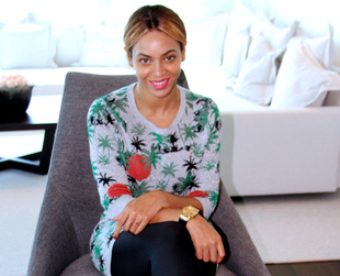 Beyoncé has partnered with Marco Borges' 22 Days Nutrition for a new vegan home delivery meal service. Find out what plant-based goodies she wants to share.