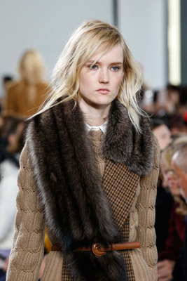 Fur Stoles Trend Fall 2015