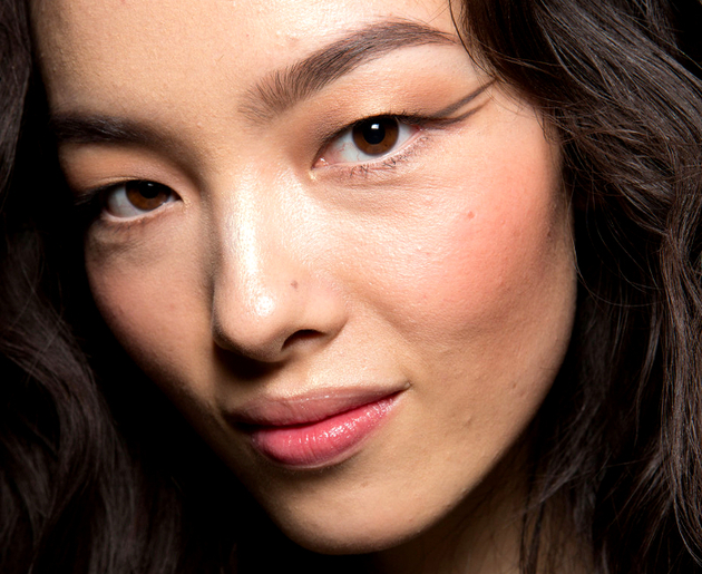 Graphic Eyeliner Fall 2015 Trends