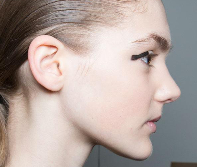 Graphic Eyeliner Trends Fall 2015