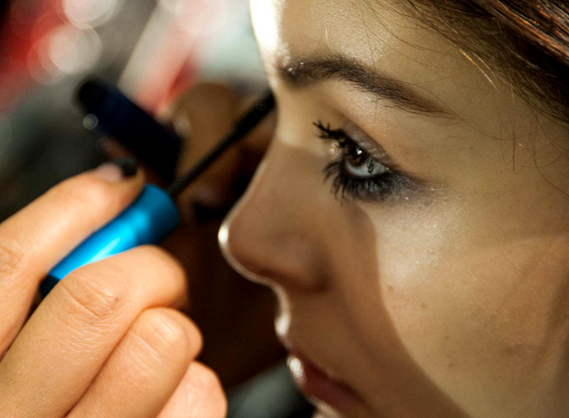 Messy Mascara Fall 2015 Makeup Trends