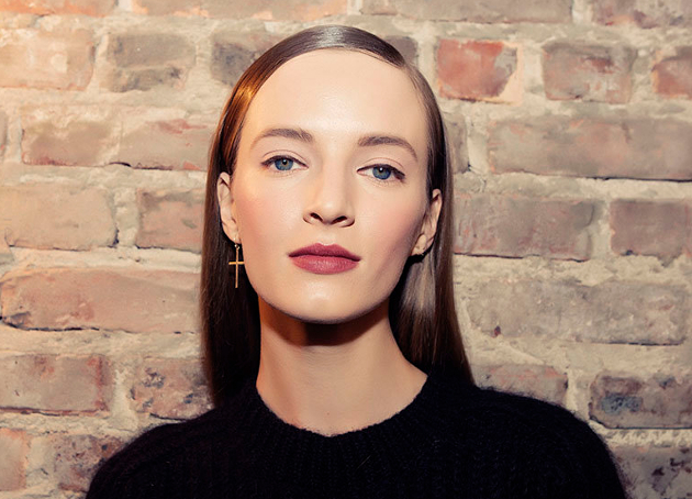 Slicked Side Parts Fall 2015 Donna Karan