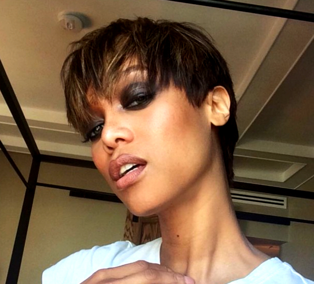 Banks Haircut : Tyra Banks Pixie Cut