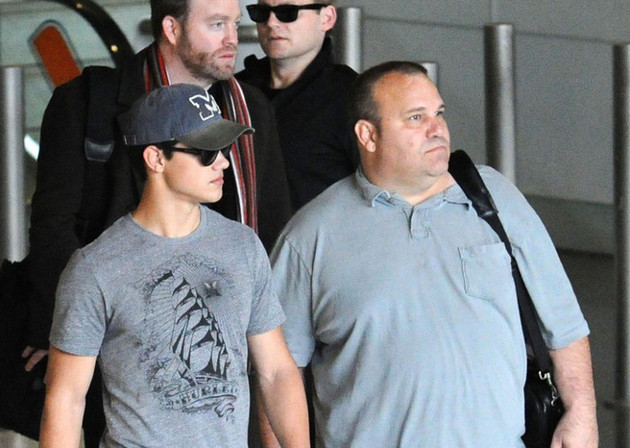 Taylor Lautner Living With Parents