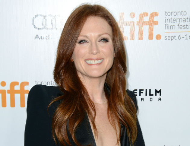 Julianne Moore Waiting Tables