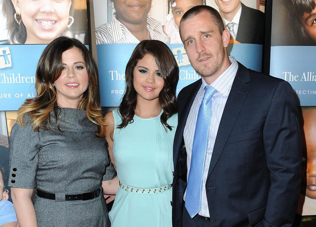 Selena Gomez Fired Manager Parents