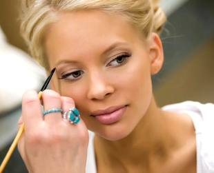 Even when you're happy with your makeup trial, things can still go wrong on the big day. Find out how to prevent the biggest beauty mistakes for your wedding.