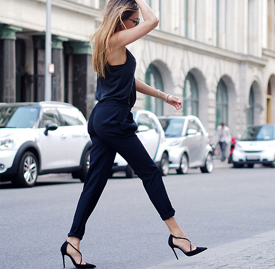 Pointed Toe Heels For Longer Legs