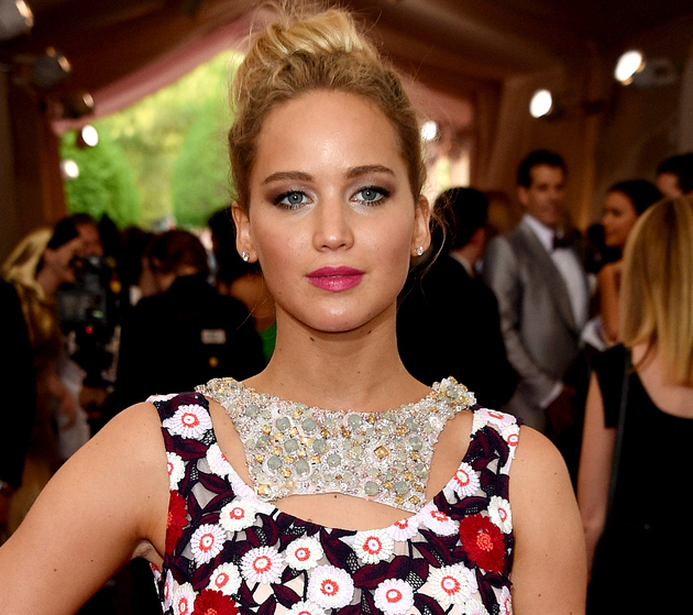 Jennifer Lawrence Met Gala 2015 Hair And Makeup