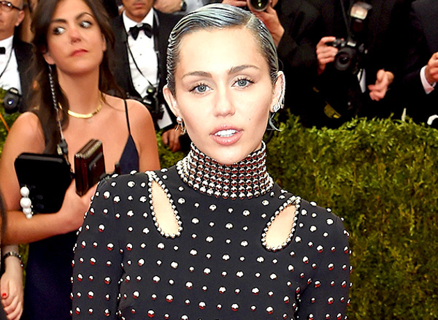 Miley Cyrus Met Gala 2015 Hair And Makeup