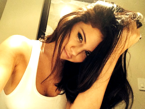 Perfect Selfie Selena Gomez