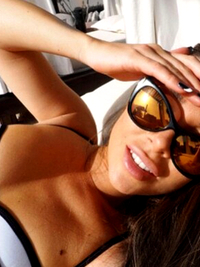 Selfie Beauty Tricks: How to Take the Perfect Summer Selfie