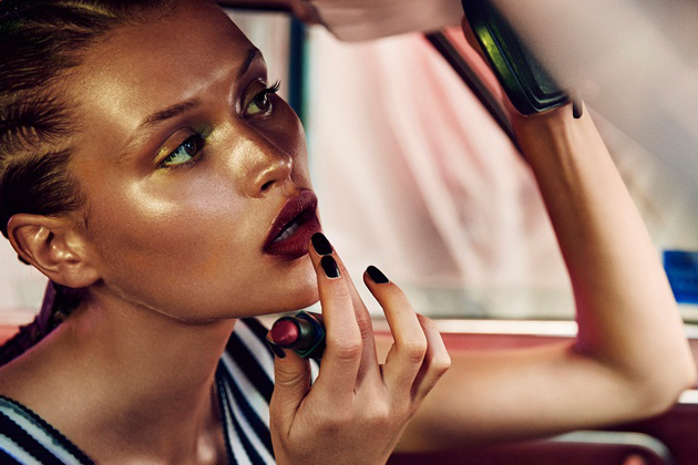10 Makeup Tips to Use In Your Car