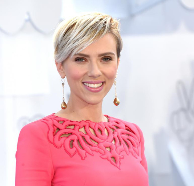 Scarlett Johansson Apple Cider Toner Beauty Hack