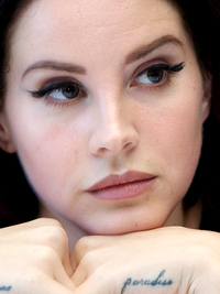 Lana Del Rey Best Celebrity Eyebrows