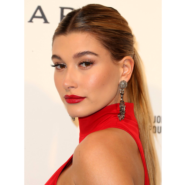 Oscars 2016 Party Hairstyles Hailey Baldwin