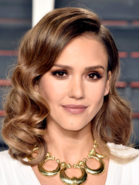 Oscars 2016 Party Hairstyles Jessica Alba