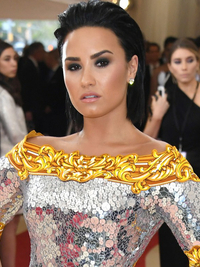 Demi Lovato Hairstyle 2016 Met Gala