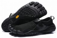 Vibram-fivefingers-kso-trek-black-black-shoes-mens-01